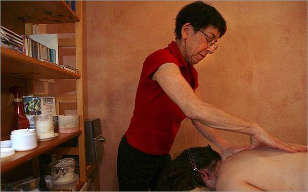 massage_therapist-609.jpg