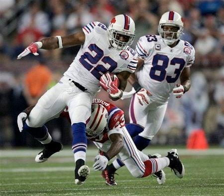 51208_Bills_Patriots_Football.jpg