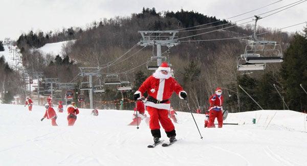 santa-skiing-sunday.jpg