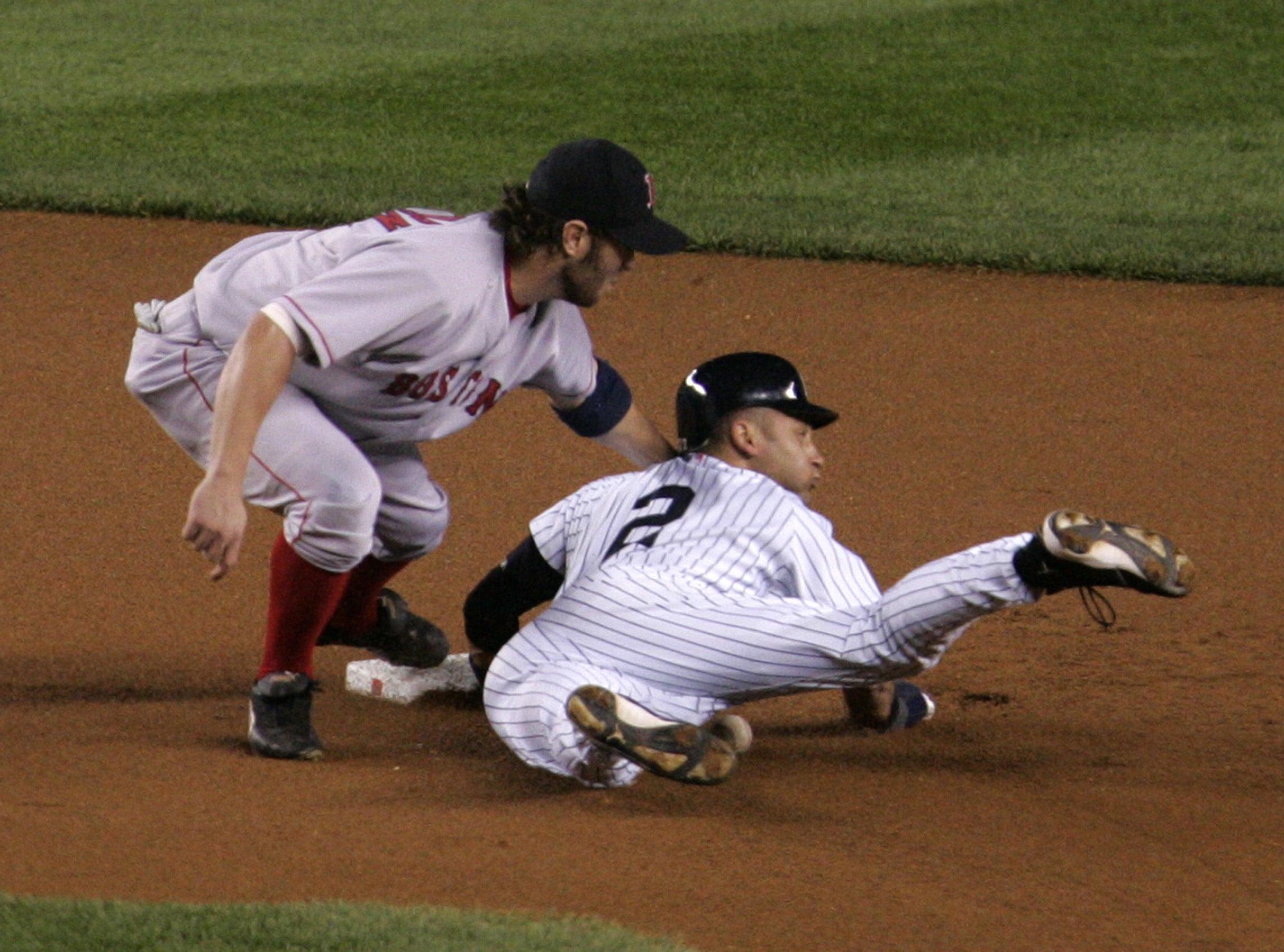 Jeter steals second base is-1289393.jpg