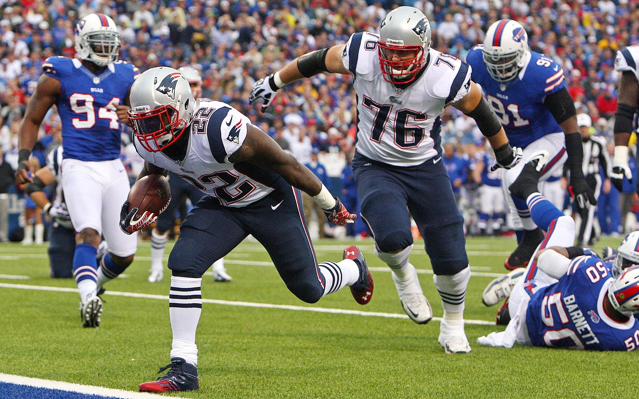 Stevan Ridley touchdown vs Bills.jpg
