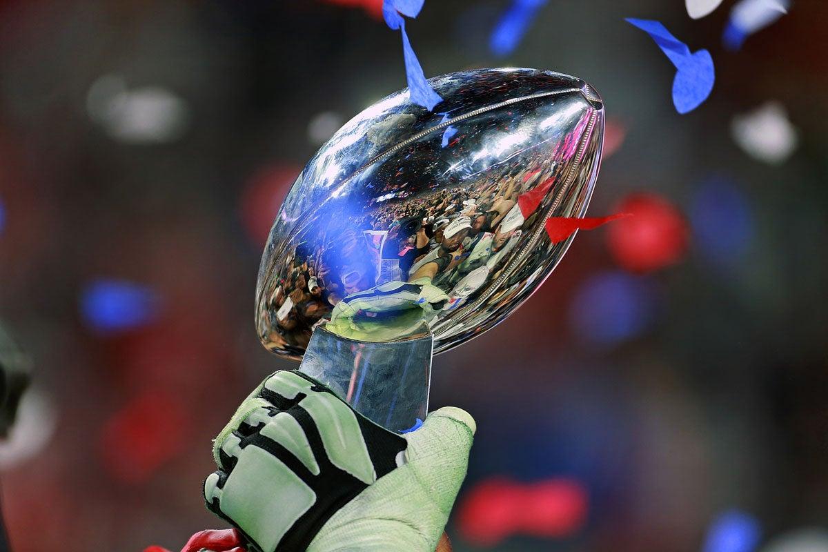 Vince Lombardi Trophy 2015