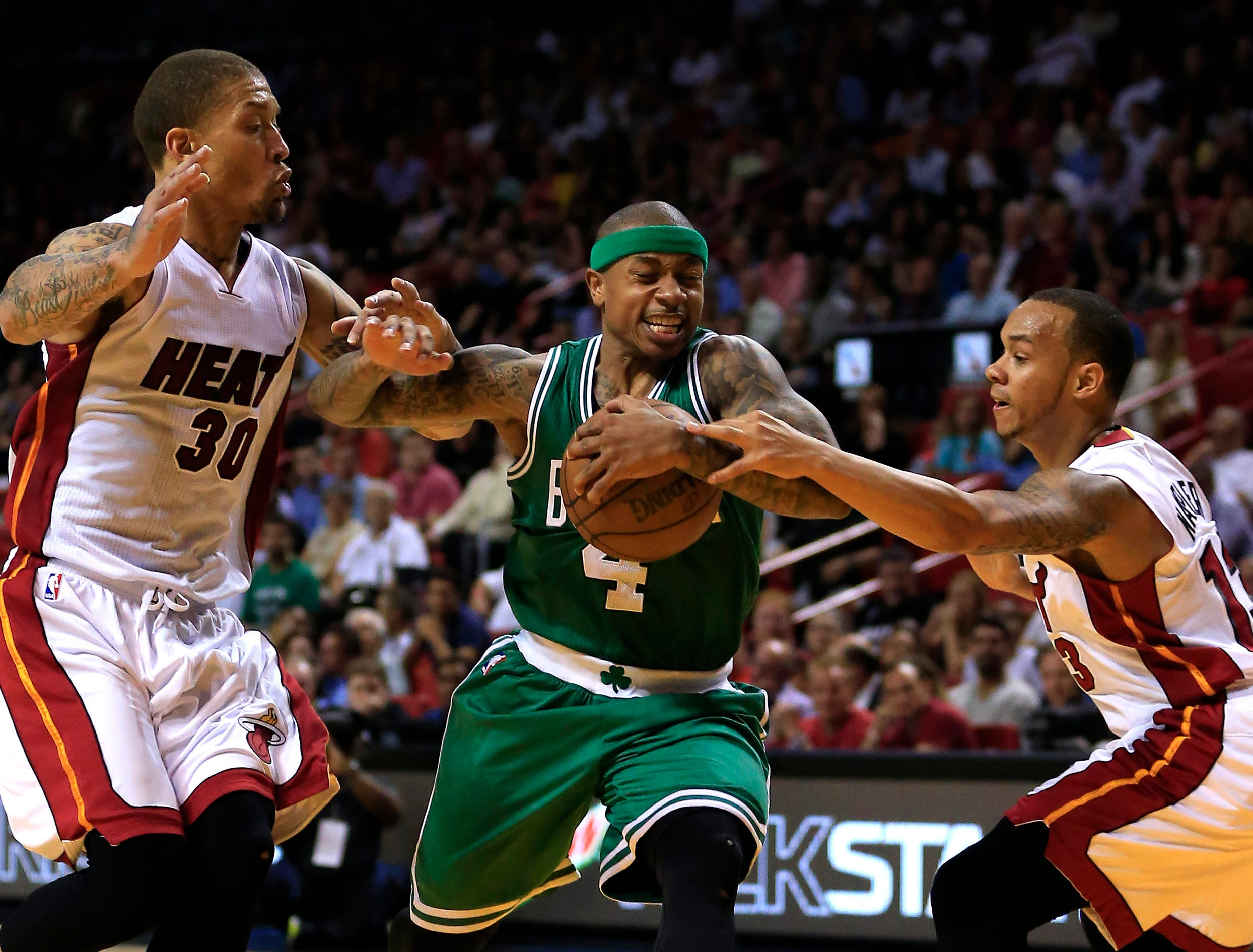 Isaiah Thomas Outduels Dwyane Wade Helping Celtics Beat