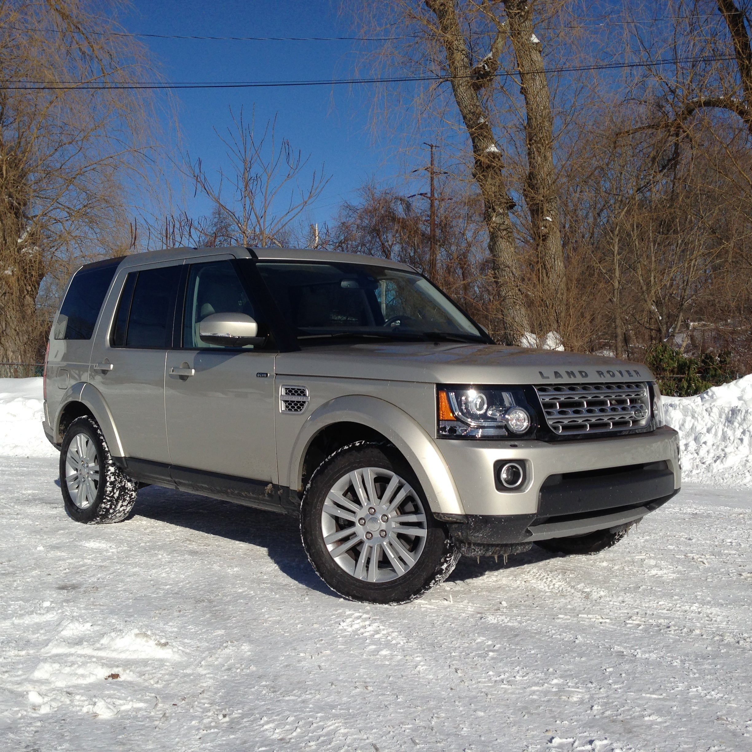 ABLE TO SEE OVER SMALL MOUNTAINS: Of snow. Who doesn't want to drive a Land Rover LR4 when in the middle of a snow apocalypse? These trusty SUVs were made to conquor the elements.