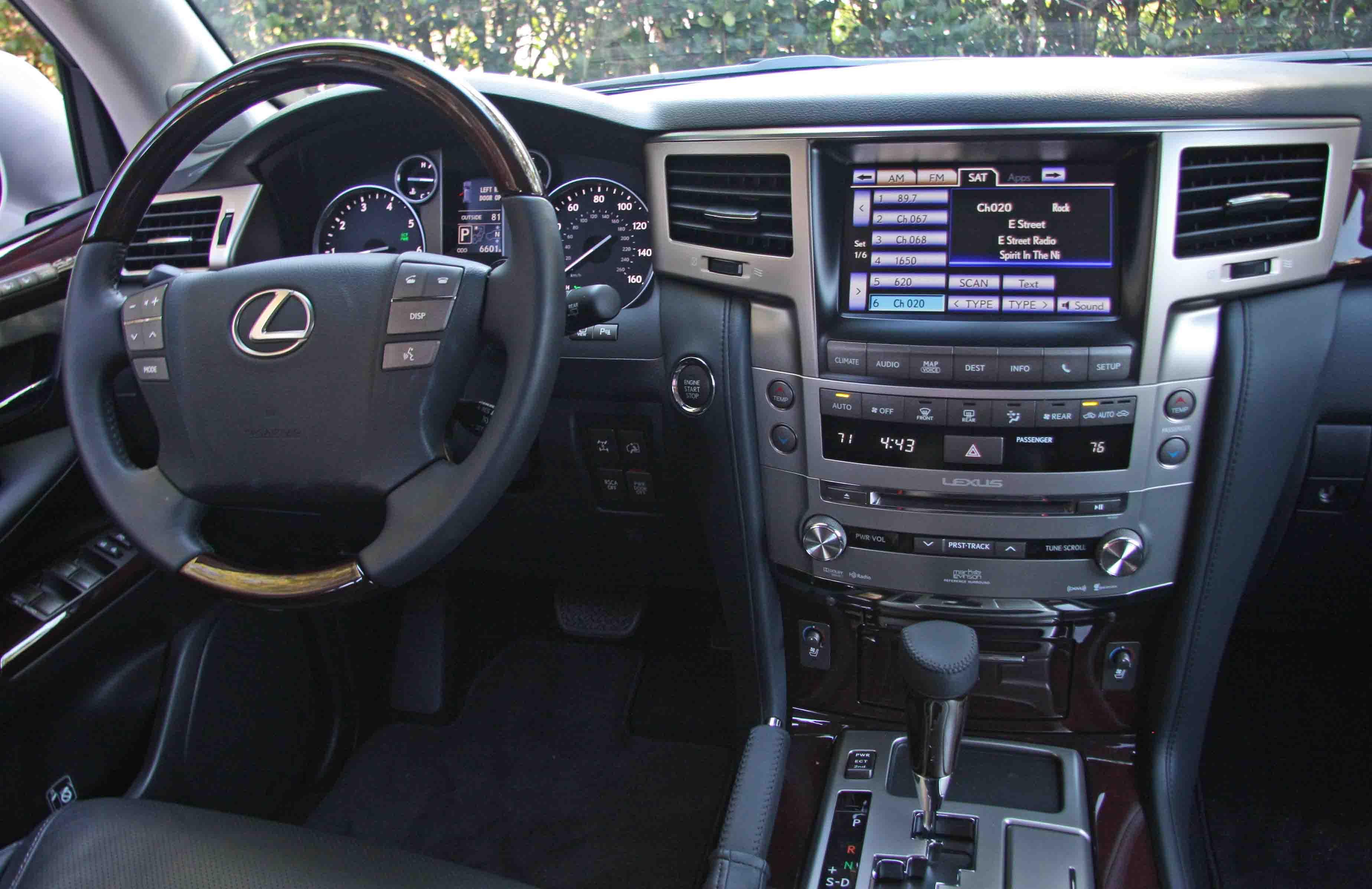 Lexus LX 570 Proves This Dinosaur Is Thriving | Boston com