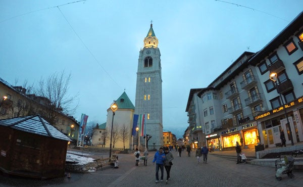 7cortina-church-dusk2.JPG