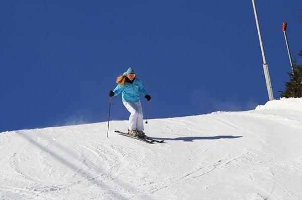 heather-skiing-mt-snow4.jpg