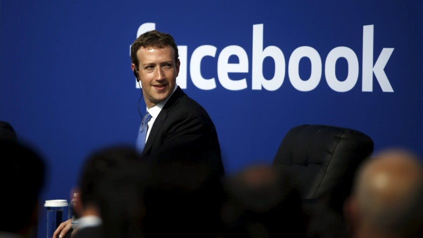 Mark Zuckerberg Harvard Girlfriend