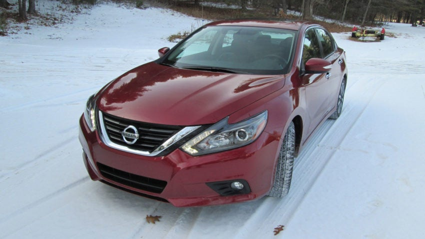 Nissan altima snow performance