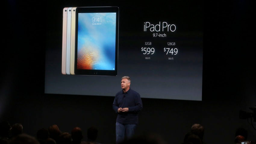 Philip W. Schiller, Apple's senior vice president of worldwide marketing, speaks about the new iPad Pro during a media event at the company's campus in Cupertino, Calif., March 21, 2016. (Andrew Burton/The New York Times)