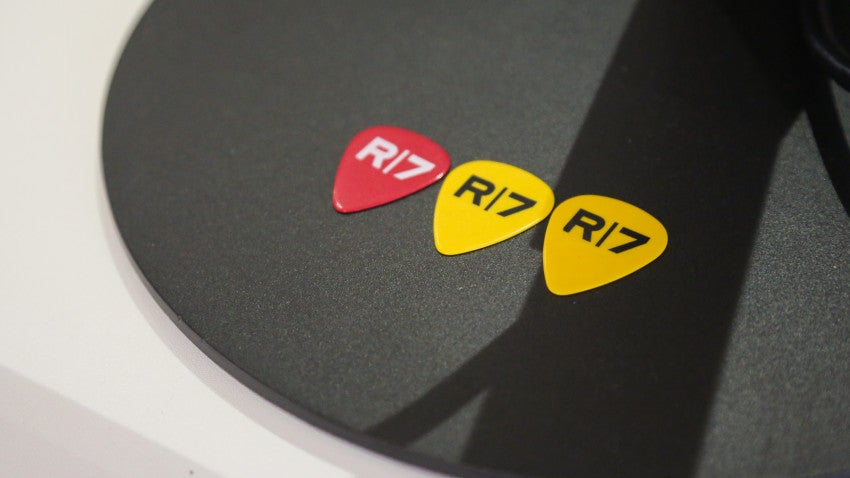 When employees perform a helpful task for their co-workers, they're awarded with colorful guitar picks as a sign of appreciation.