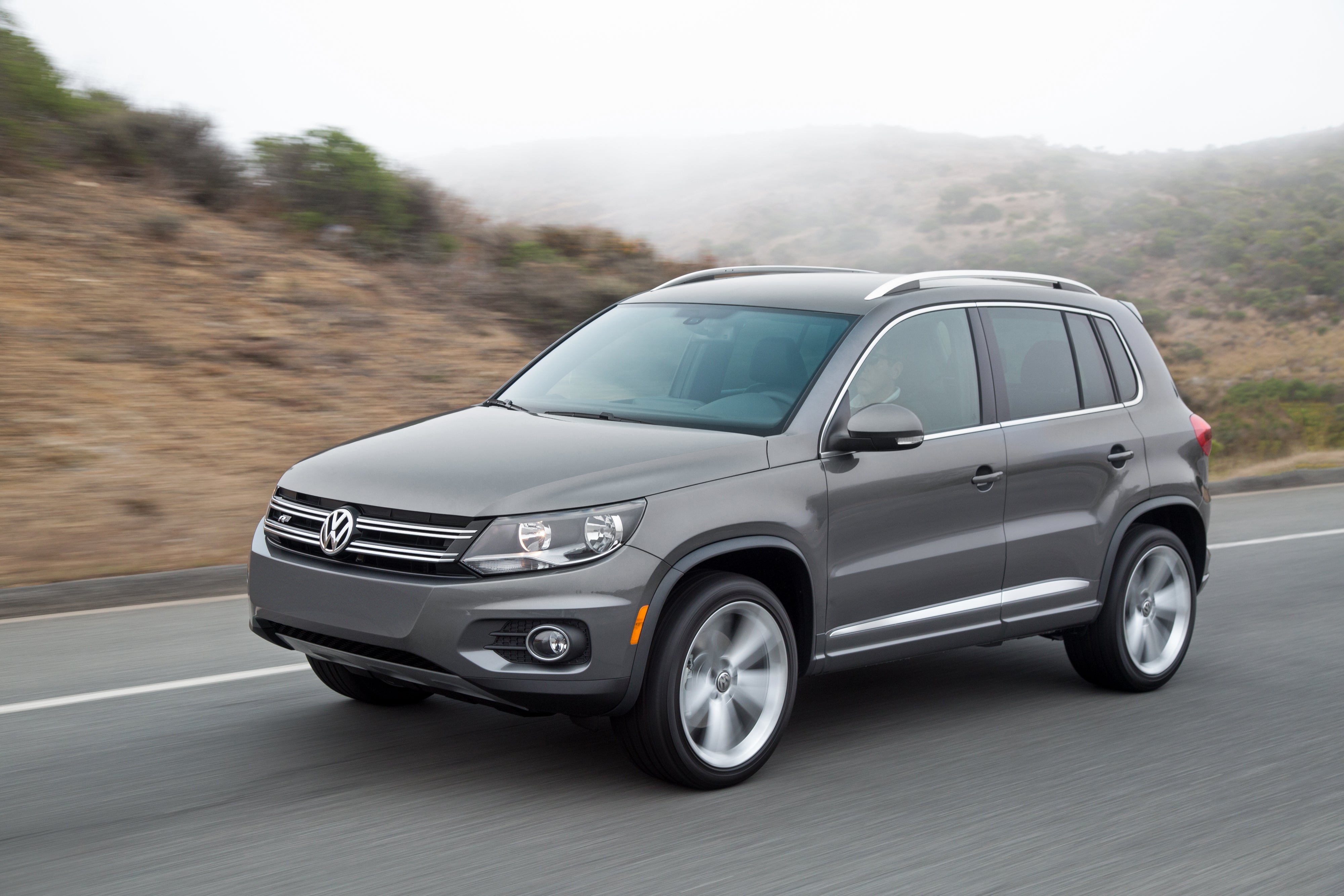 FAMILIAR SILHOUETTE: Why is it that so many CUVs look alike? This boxy body is familiar but there are a few nice design notes that distinguish this VW.