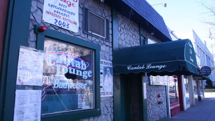 The Cantab Lounge in Cambridge, one of the most popular Boston dive bars.