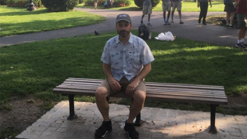 Jimmy Kimmel Honors Robin Williams At The Public Garden