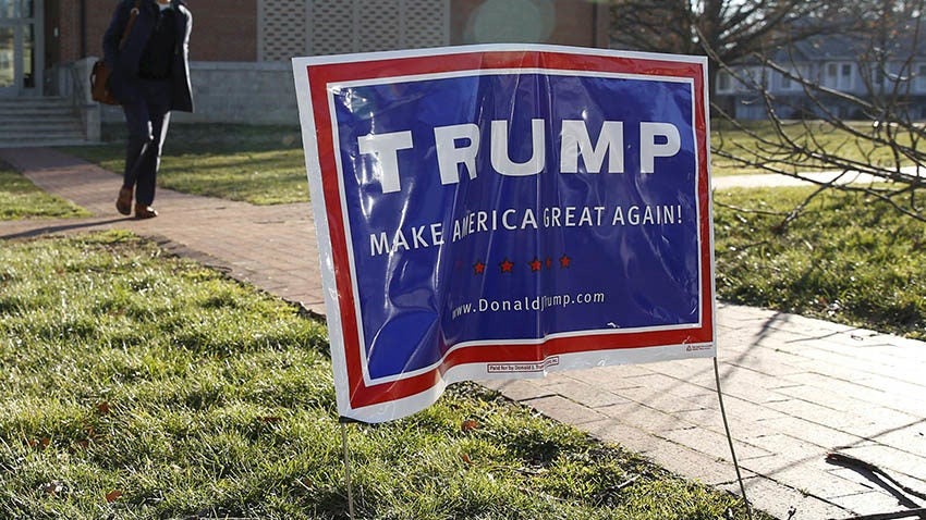 The Trump yard sign-stealing epidemic has gotten seriously ...