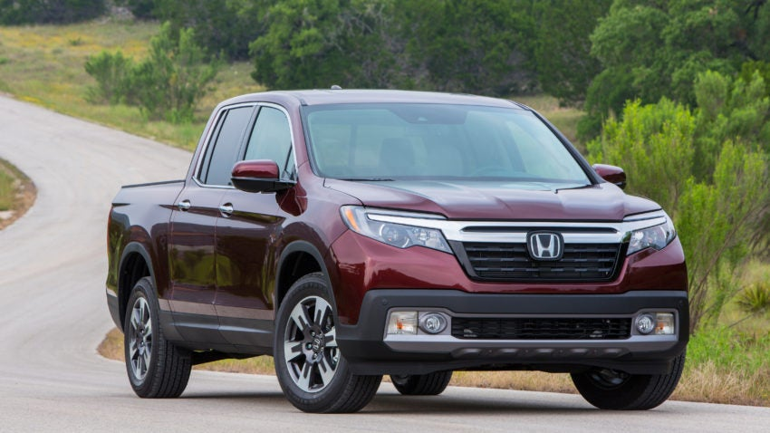 What car experts say about the 2017 honda ridgeline for Used 2017 honda ridgeline