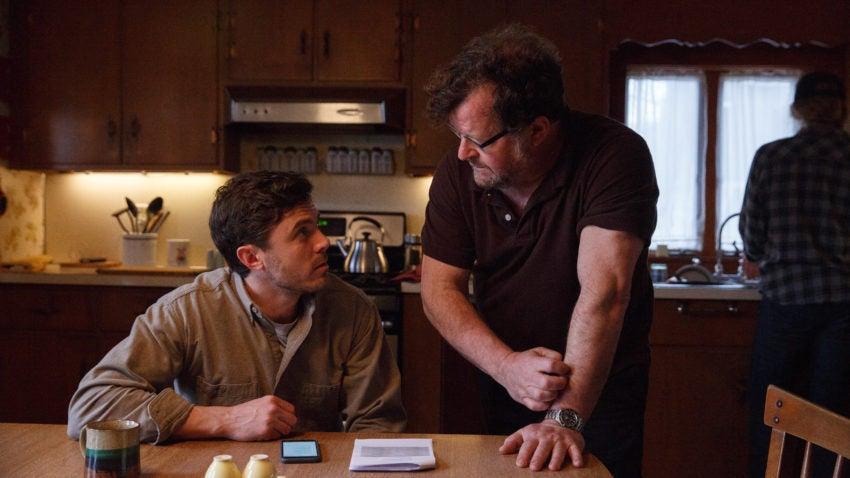 Casey Affleck on set with Kenneth Lonergan.