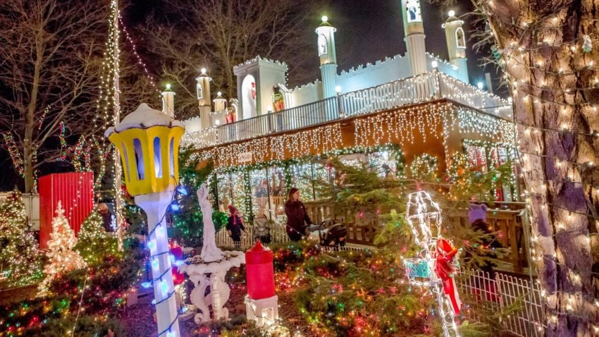 Boston Christmas Lights.10 Dazzling Holiday Light Displays In Massachusetts Boston