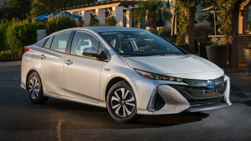 What the experts say about the 2017 Toyota Prius Prime