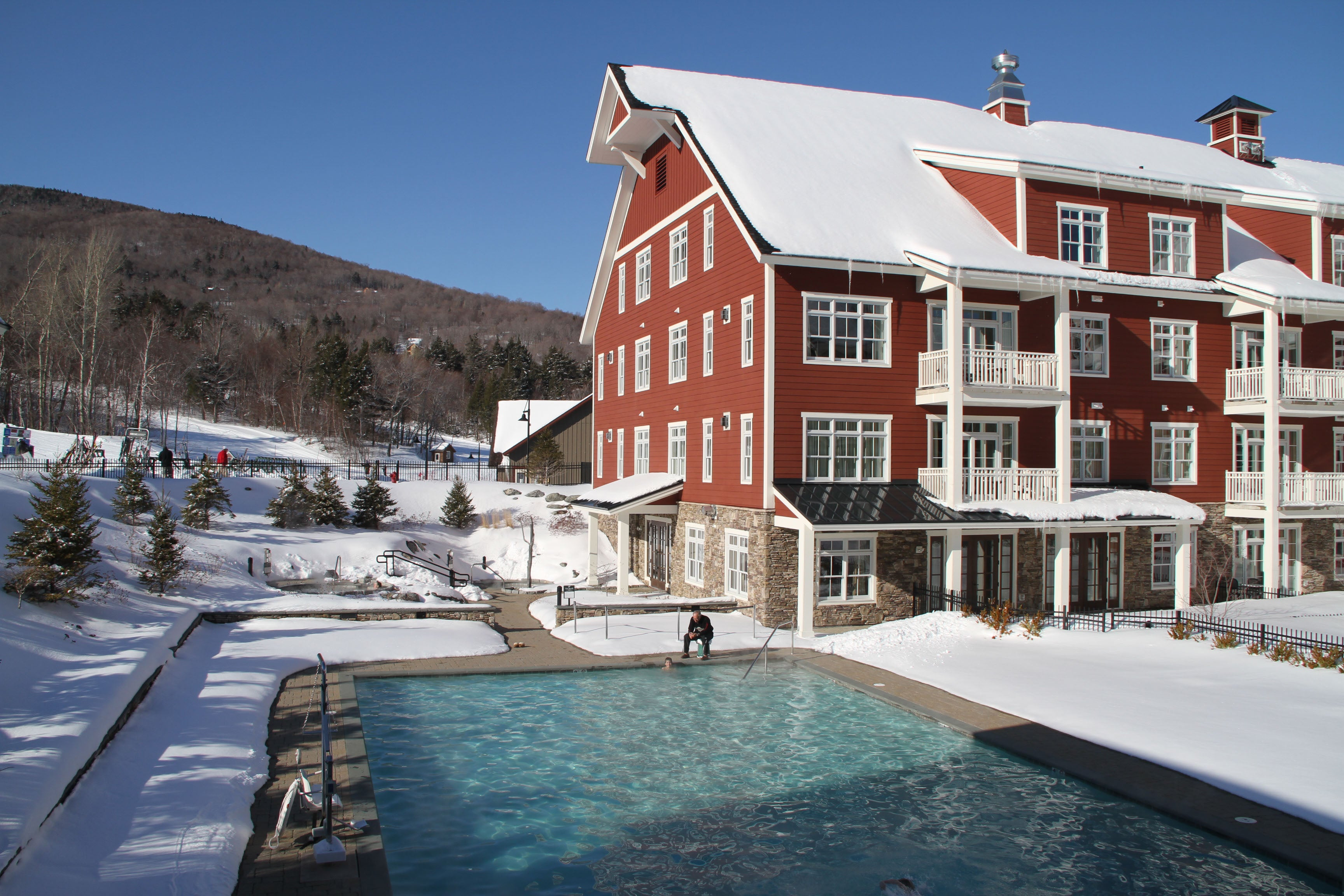 top 10 family friendly ski resorts in new england boston com