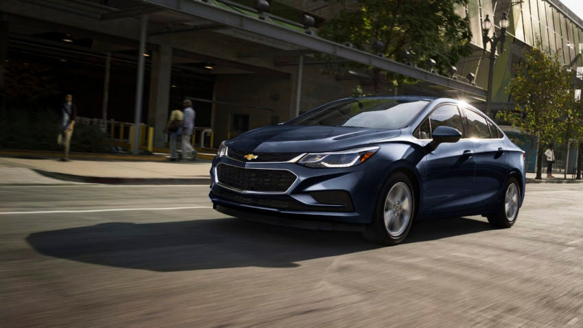 What The Experts Say About The 2017 Chevrolet Cruze Boston Com