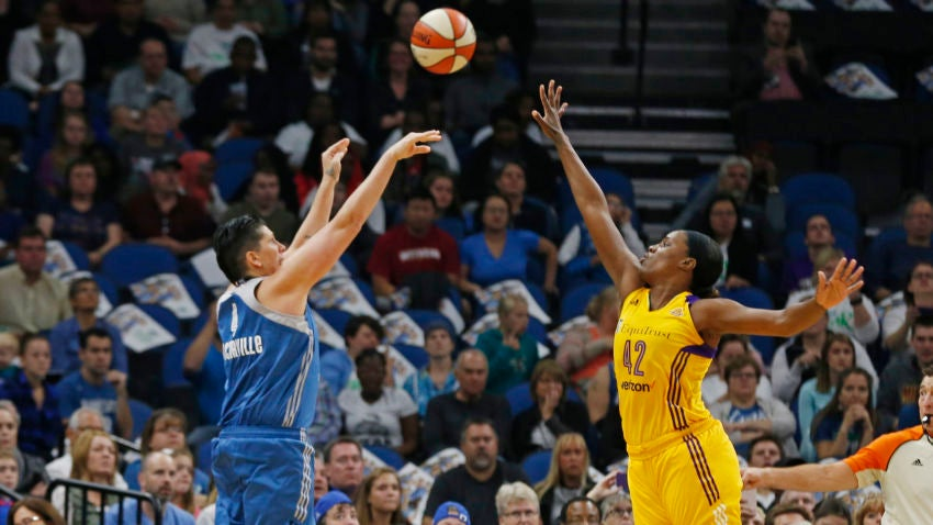 wnba uses twitter  fanduel to extend growth of league