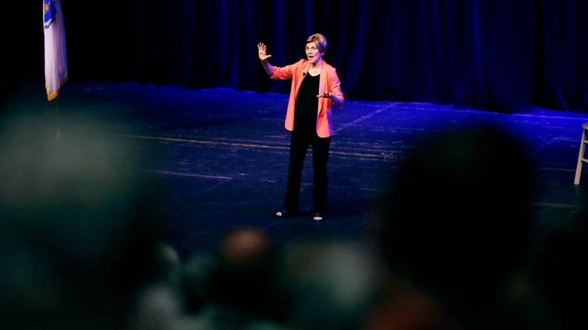 Read the massive speech Elizabeth Warren gave ripping moderate Democrats at Netroots Nation
