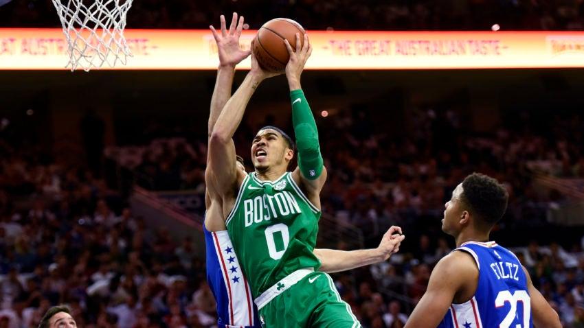 Celtics_76ers_basketball_81612-850x478