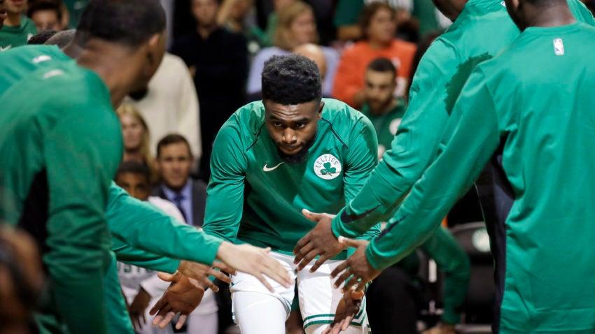 Celtics_browns_role_basketball_63858-850x478