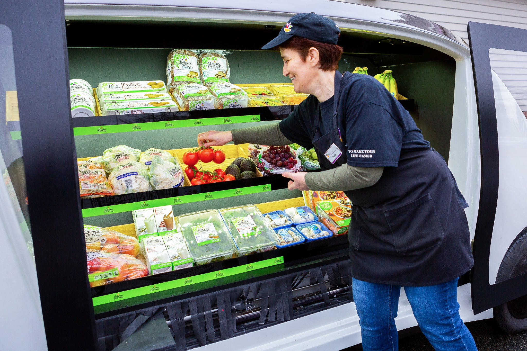 Stop & Shop plans to roll out 'driverless grocery stores' in Boston