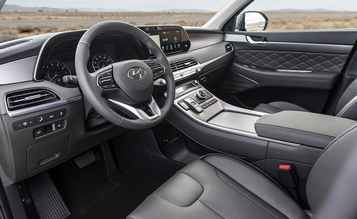 Hyundai aims high with the 2020 Palisade 3-row family