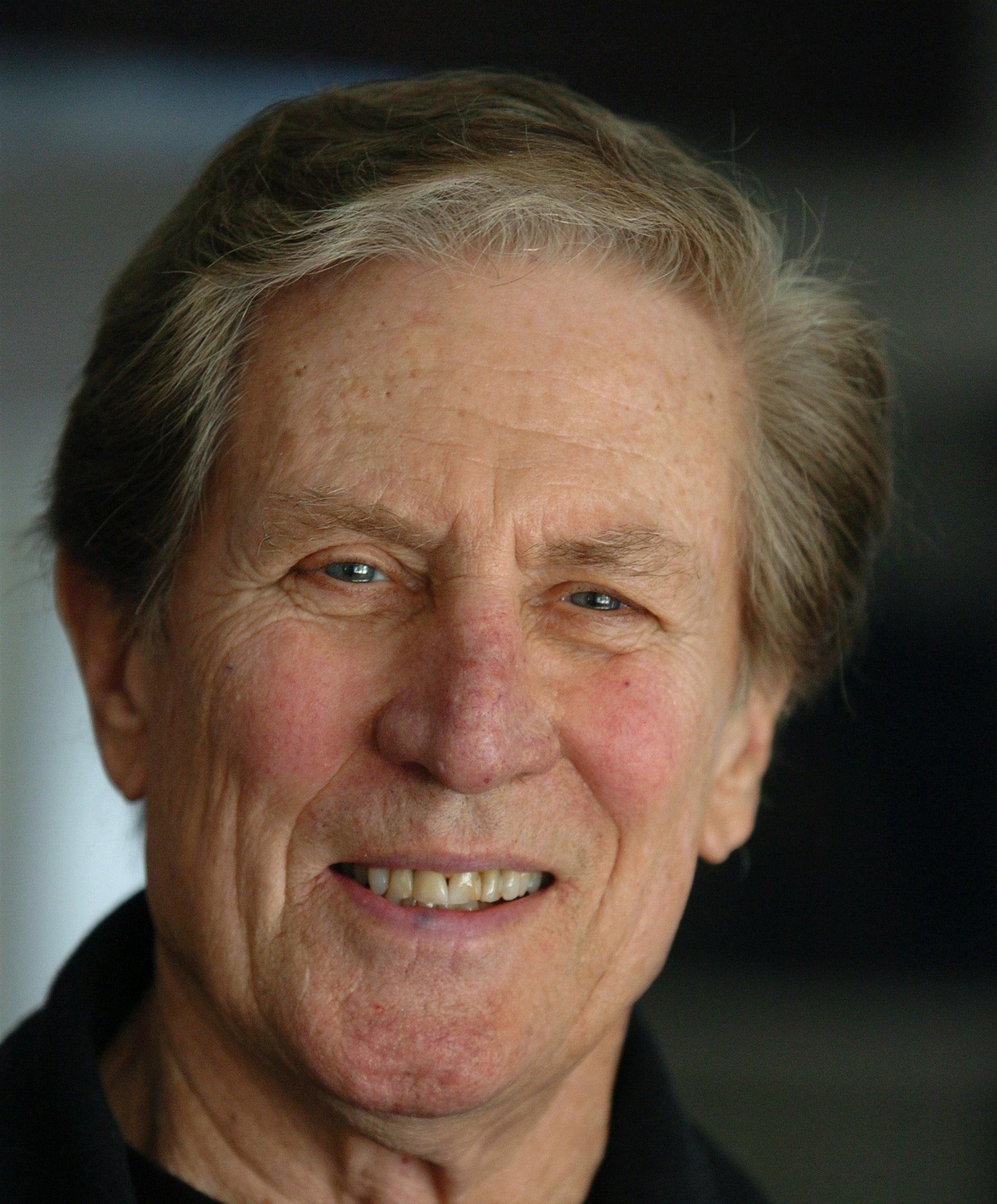 Tom Ellis, longtime Boston TV anchor, dies at 86 | Boston com