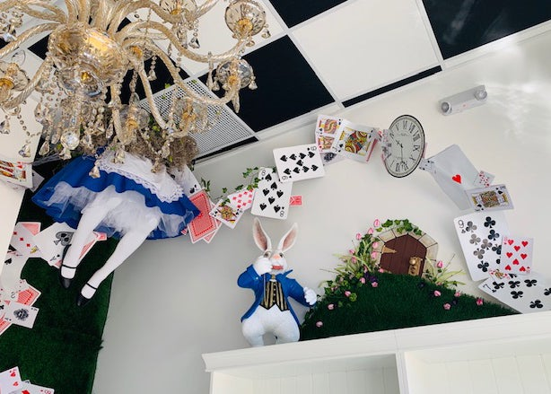 Alice In Wonderland Cafe Opens At Patriot Place Boston Com Boston Com