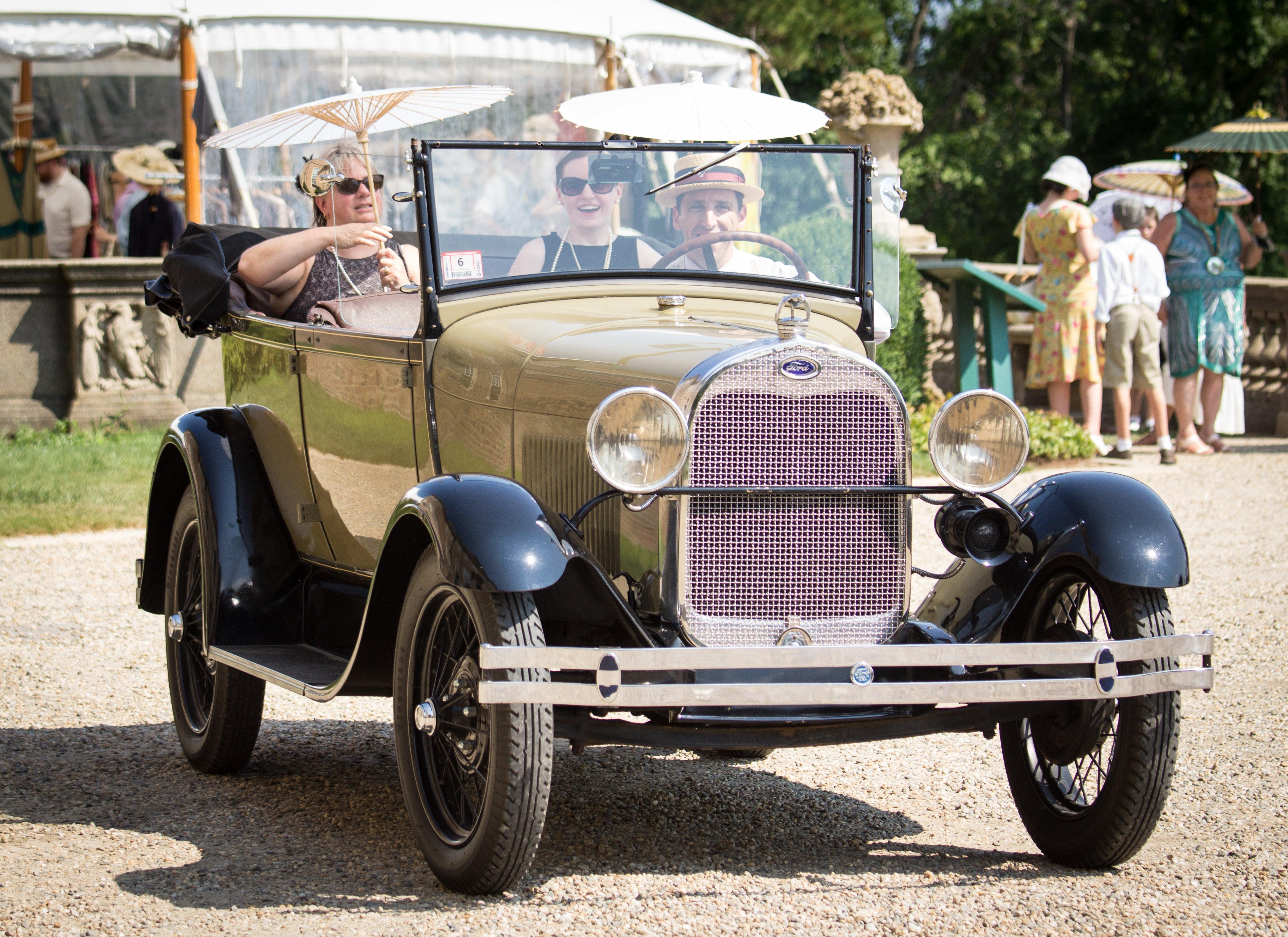 Roaring Twenties Lawn Party
