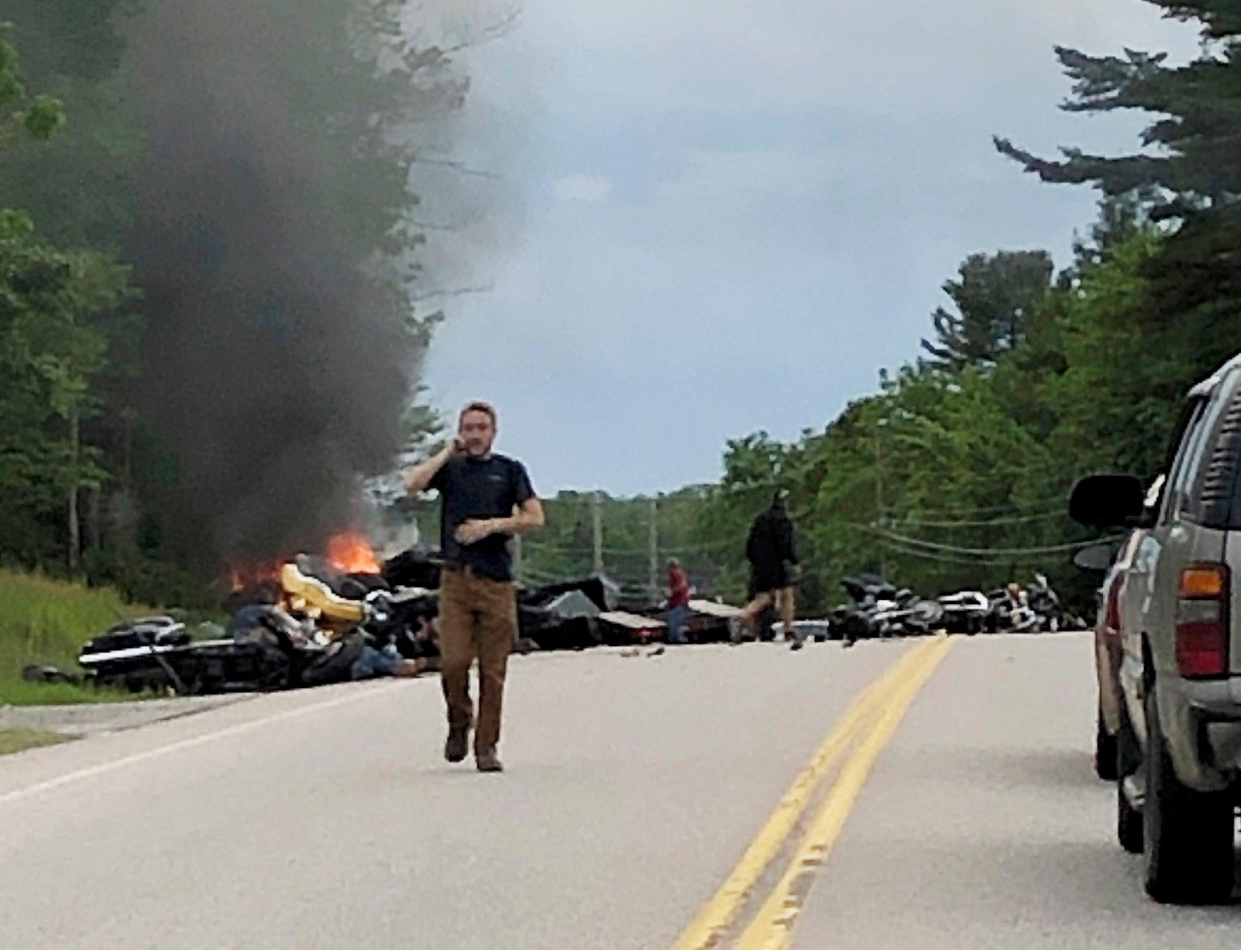 7 dead, 3 hurt in New Hampshire crash between truck, motorcycles