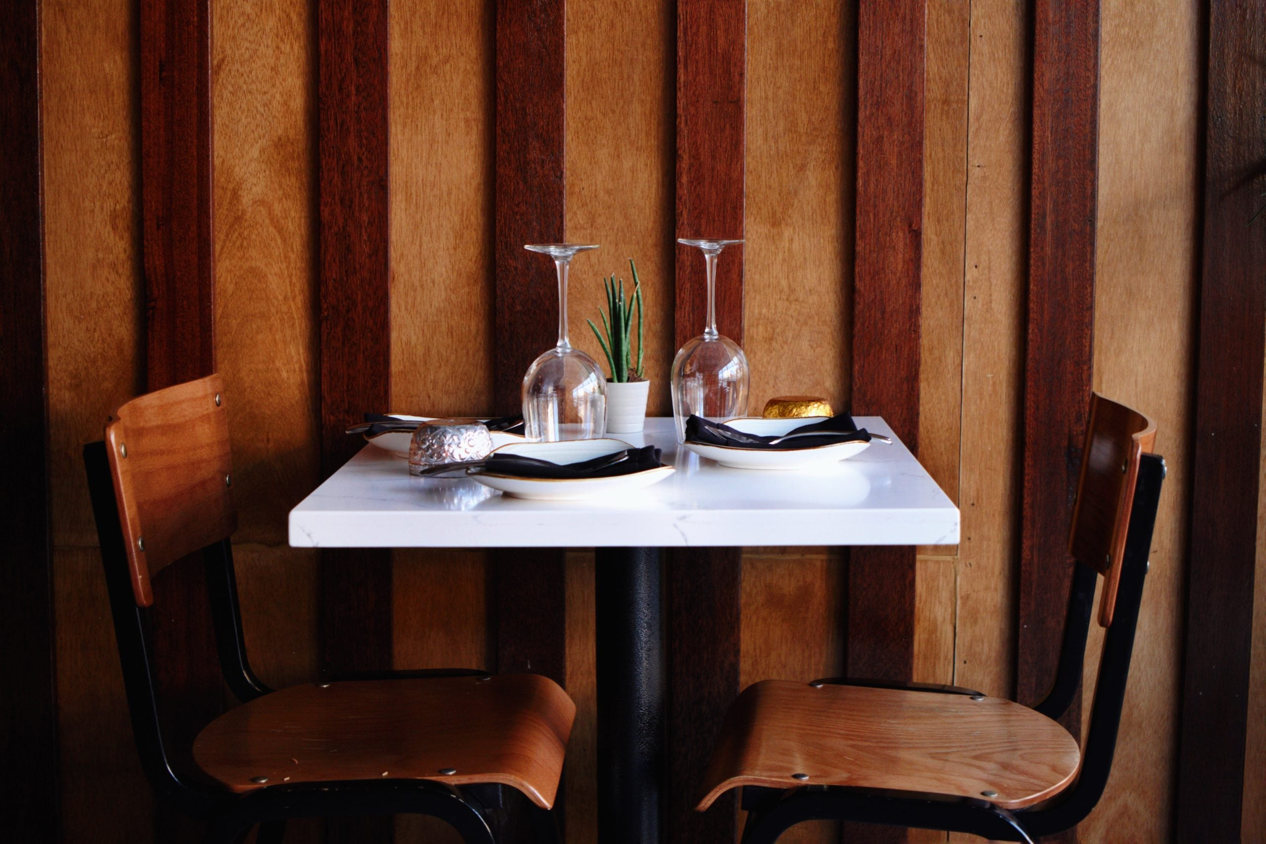 Chalawan table for two