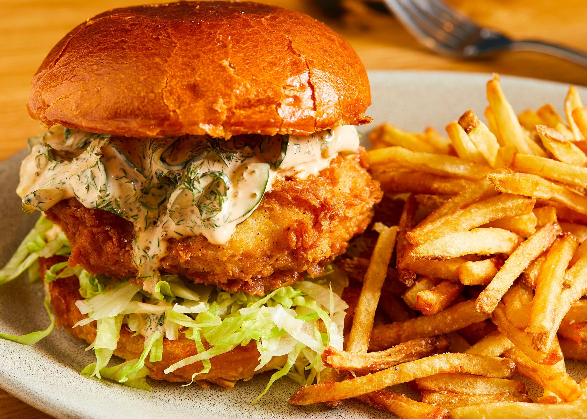 The chicken sandwich at LUCIE drink + dine