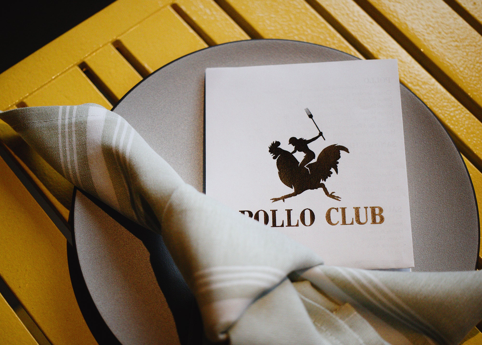 Table setting at Pollo Club