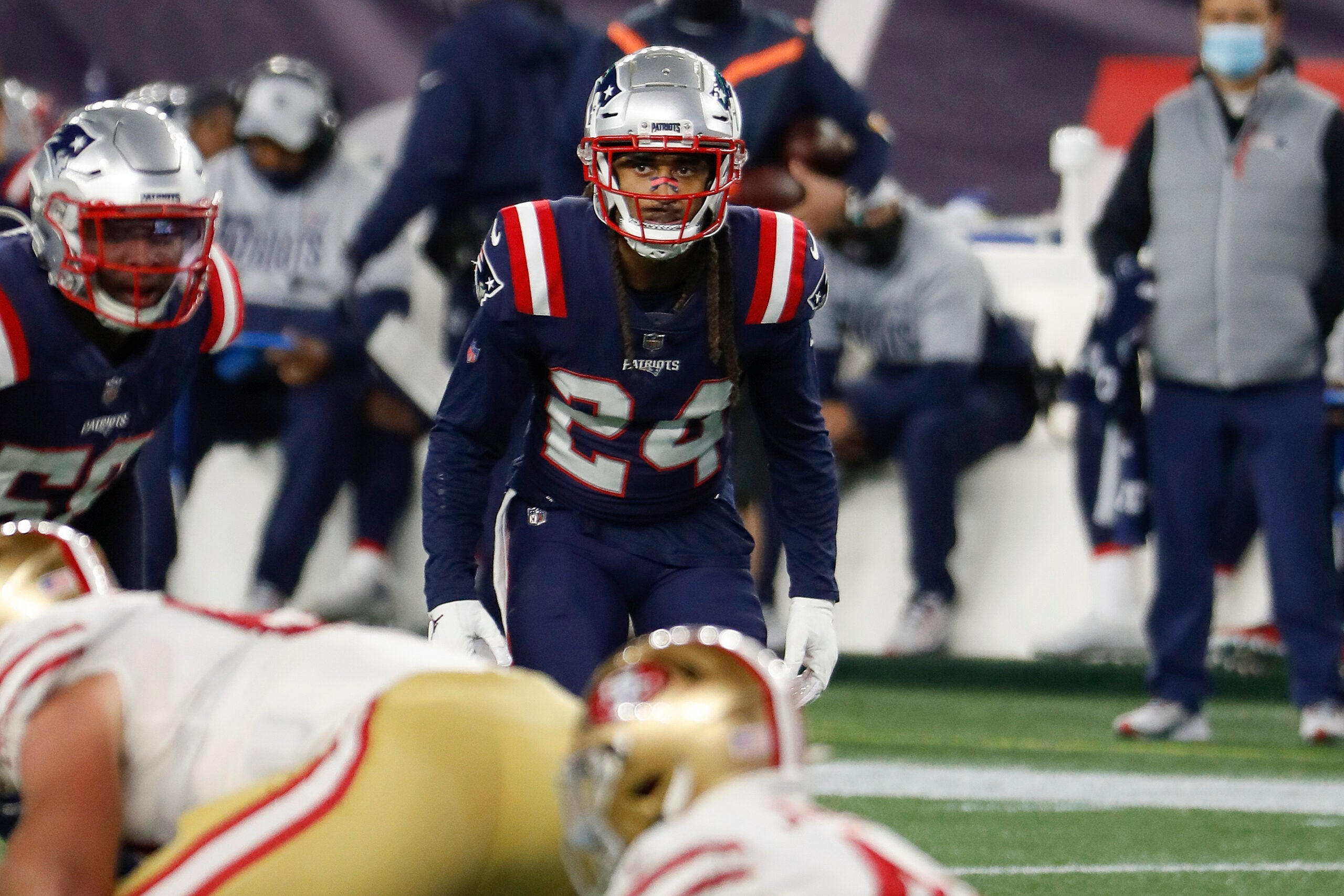 Despite minicamp holdout, pair of NFL insiders believe Stephon Gilmore's situation with Patriots won't become 'acrimonious' - Bo