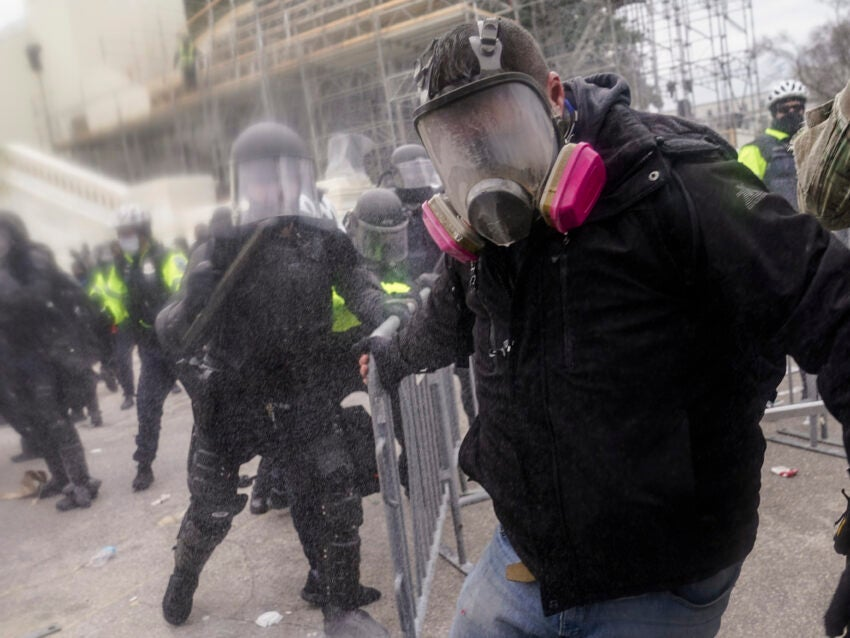 US prosecutors weighing sedition charges in Capitol riot
