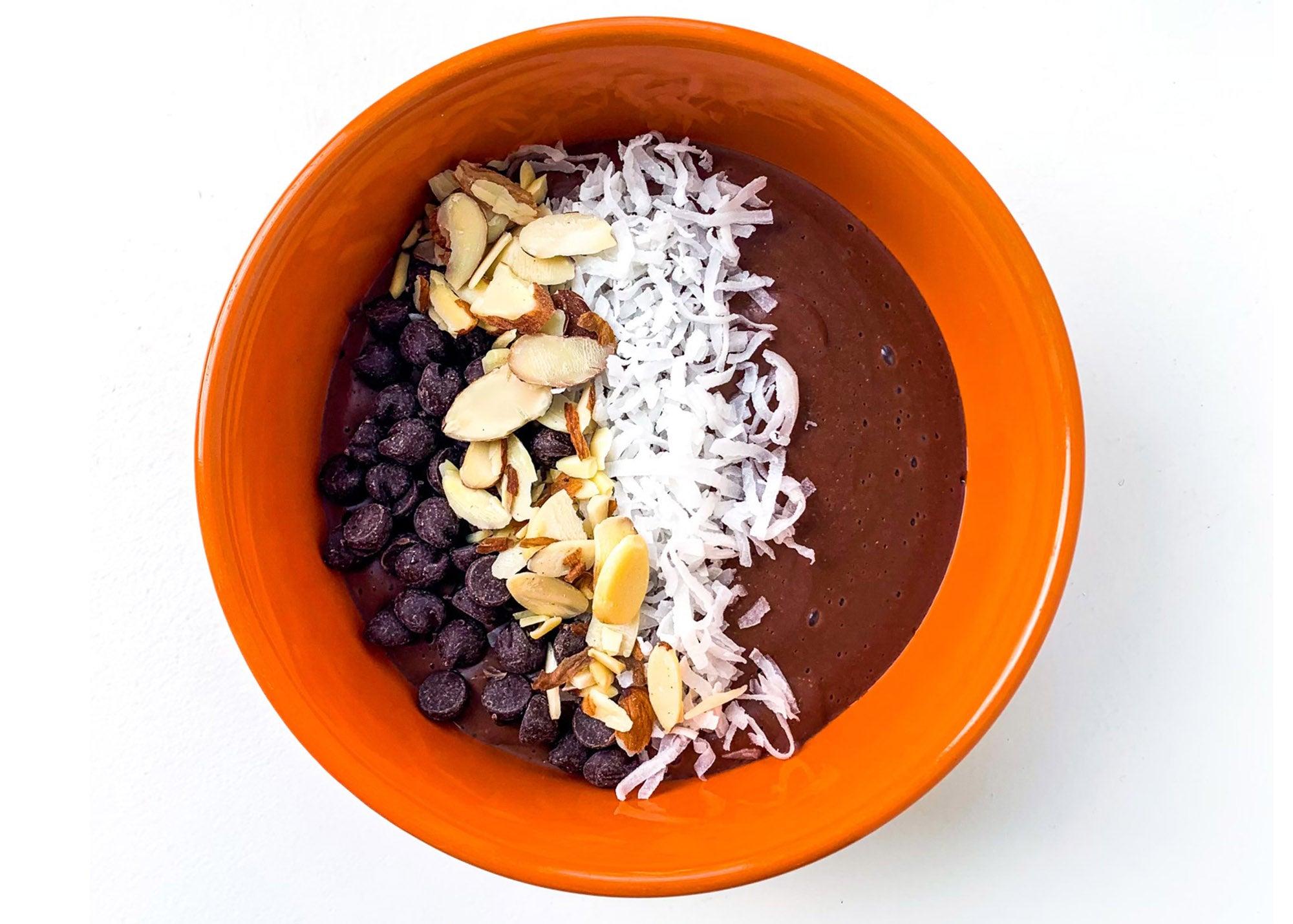 Smoothie bowl at Cada Dia Nutrition