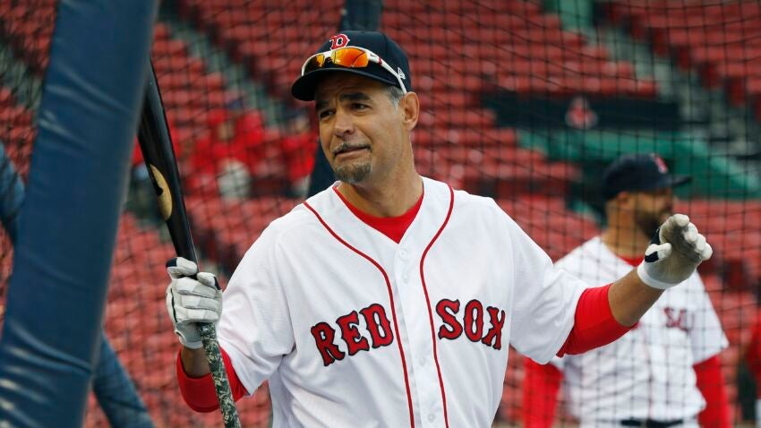 Red Sox Hall of Famer Mike Lowell shares that he's 22 years cancer free