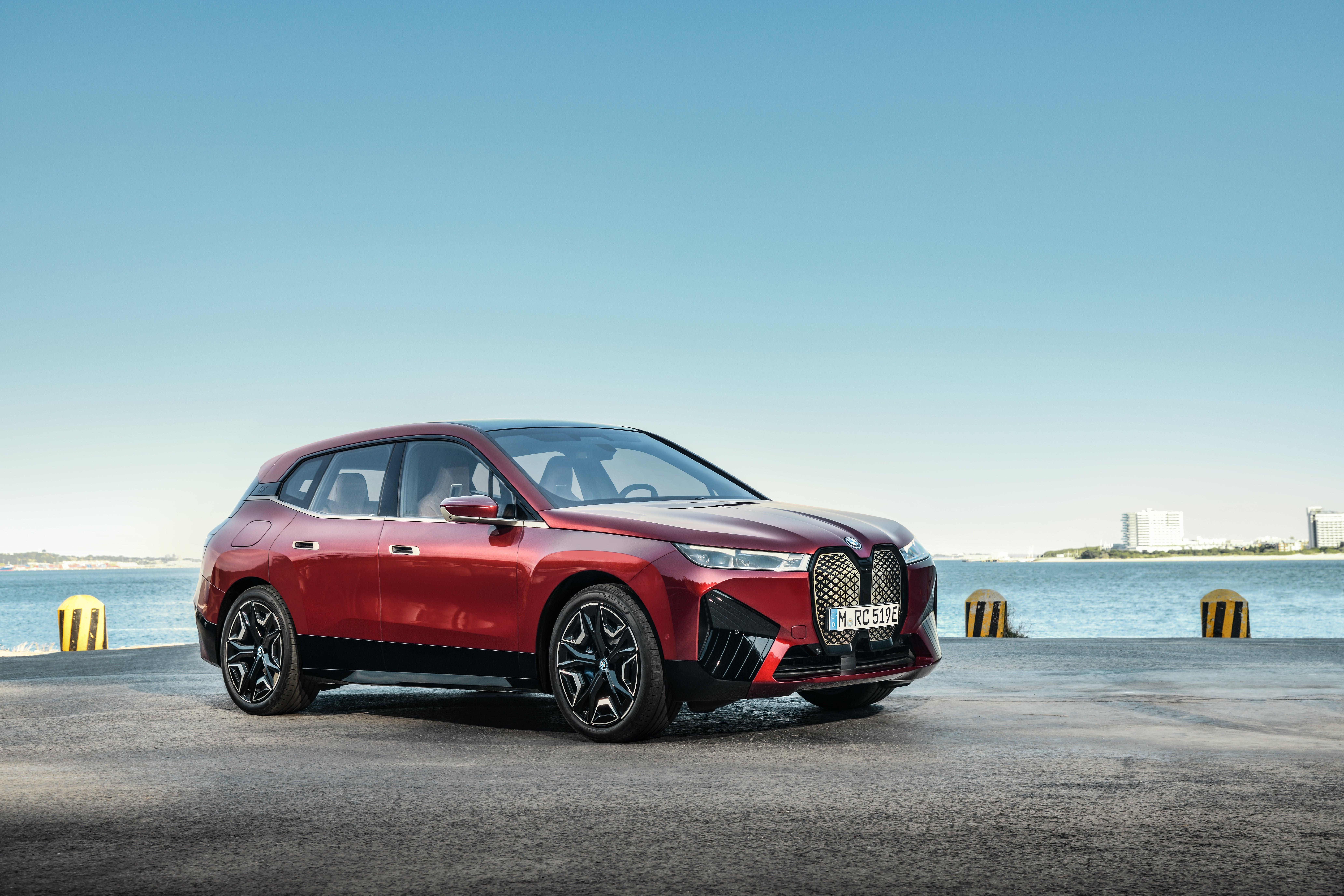 The 2022 BMW iX.