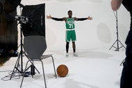 Why new Celtics guard Dennis Schr?der didn't sign a contract with Lakers